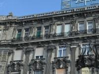 cladire-monument-in-budapesta-fier-forjat