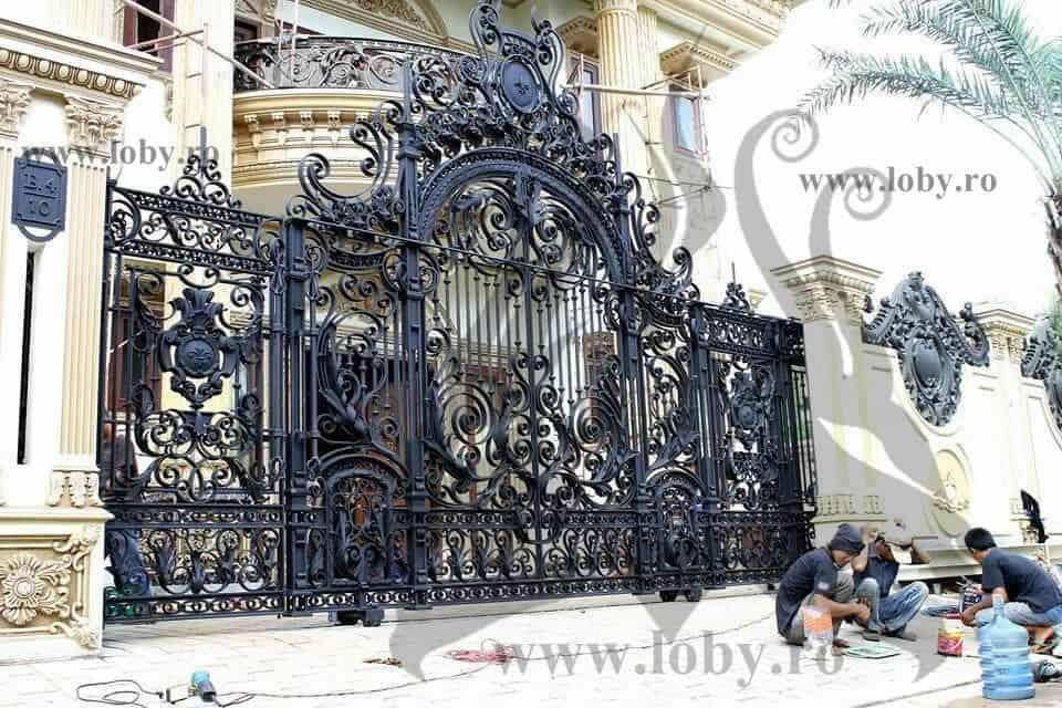 poarta de palat