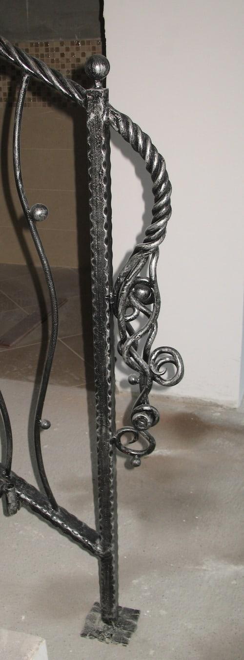 Inceput balustrada patinat argintiu