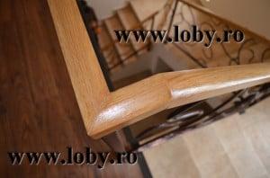 Mana curenta din lemn pentru balustrade din fier forjat