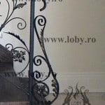 Balustrada cu frunze inceput