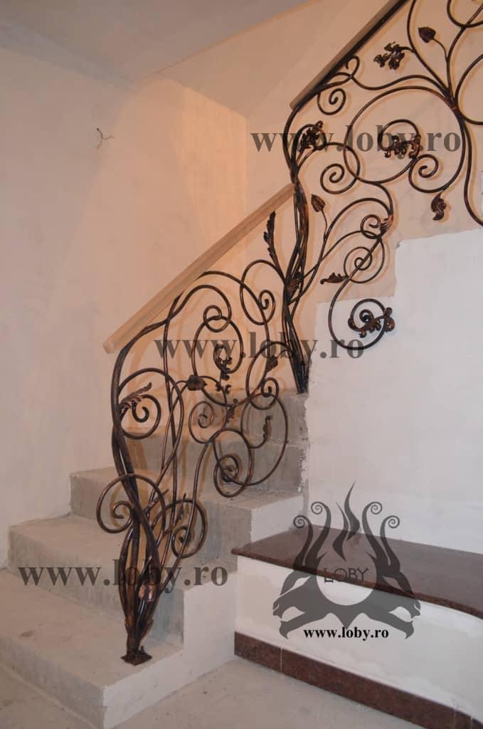 Balustrada fier forjat model floral