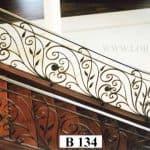 Balustrada_Primavara_cu_flori