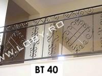balcon_fier_forjat_cu_elemente_din_platbanda