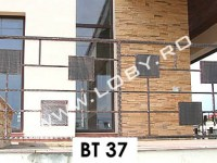 balcon_fier_forjat_cu_patrate_din_tabla