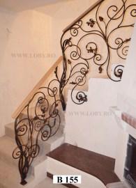 Balustrada_fier_forjat_floral_in_urcare