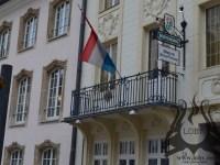 steag-la-balcon-luxemburg-fier-forjat