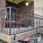 Balustrada cu prindere laterala