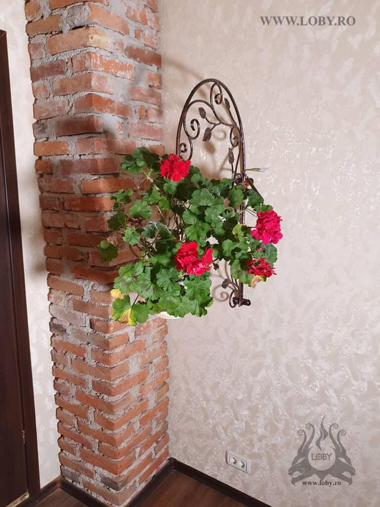 Carlig agatat floare