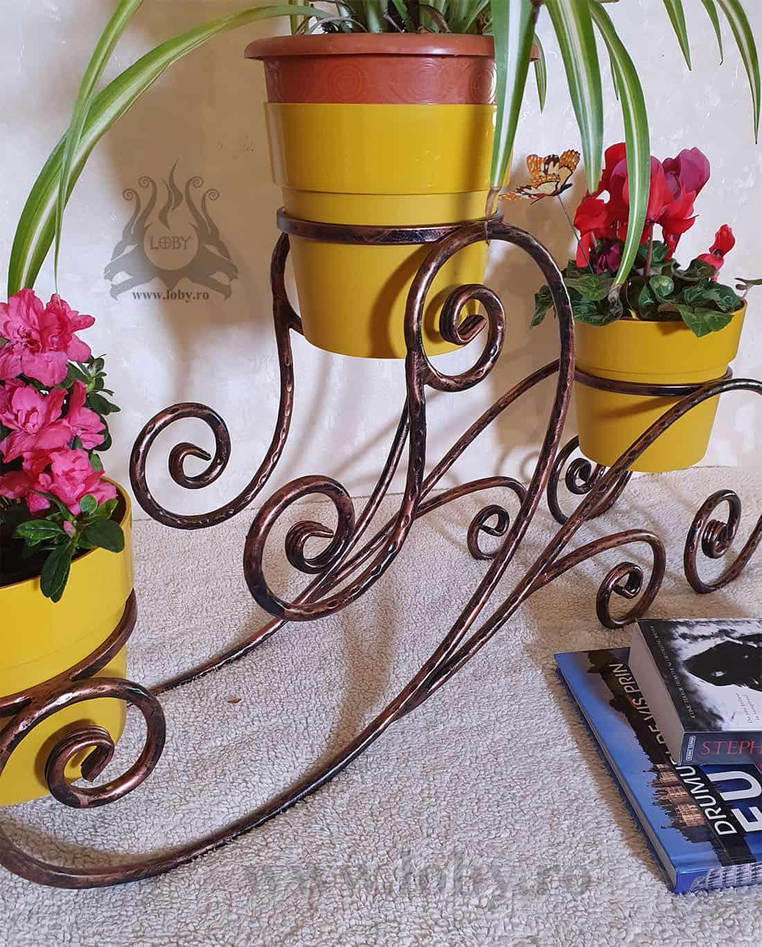 Suport flori din fier forjat rotund detaliu