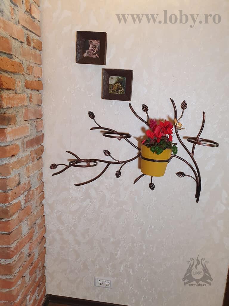 Suport ramura pentru flori de perete